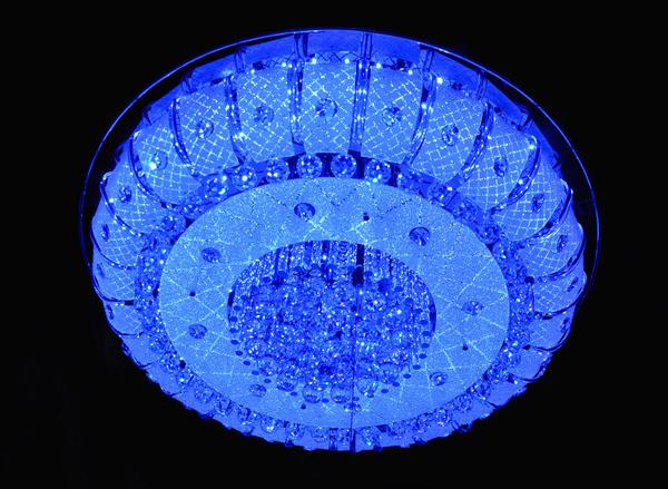 led的基本结构与发光原理