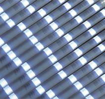LED雷光管